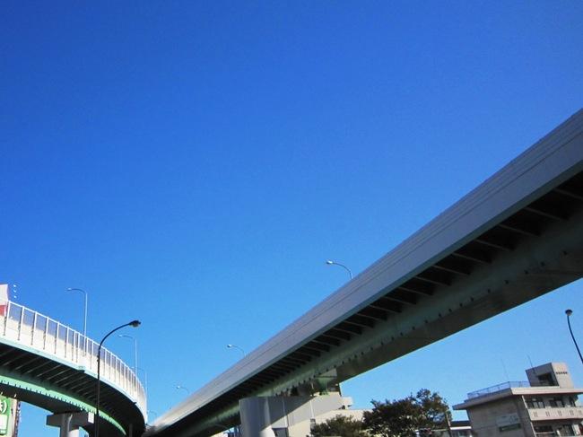 高速道路の空.jpg